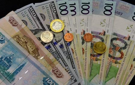 Все валюты корзины выросли, белорусский рубль в тройном минусе