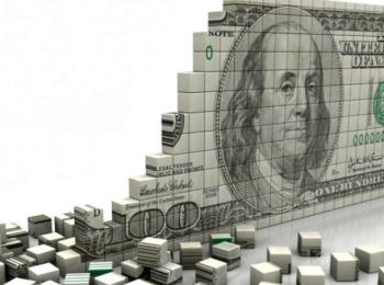 Доллар начал падать, евро ушел за ним следом
