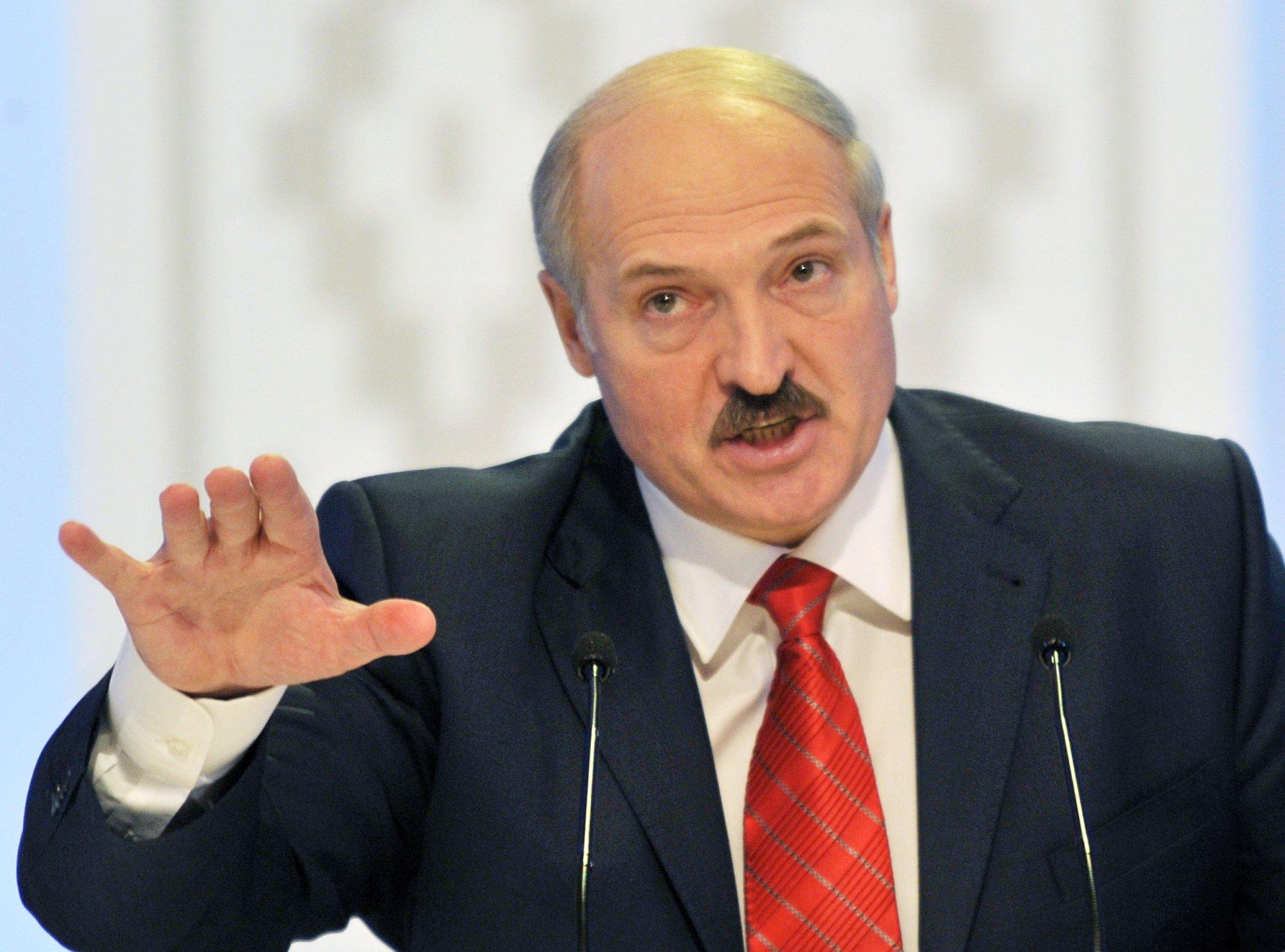 Лукашенко – Западу: мы имеем хороший кулак и можем очень серьезно ответить