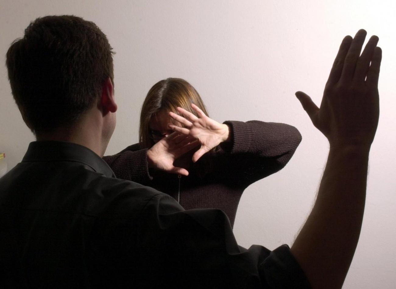 муж жену пальцами-щп1